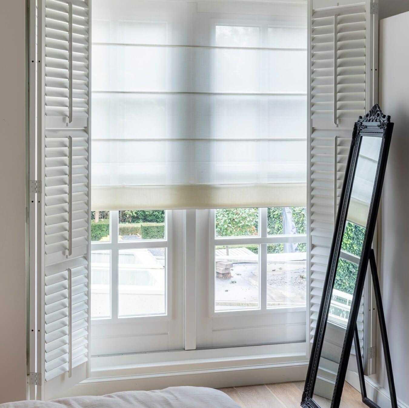 Vouwgordijnen met Zonnelux shutters