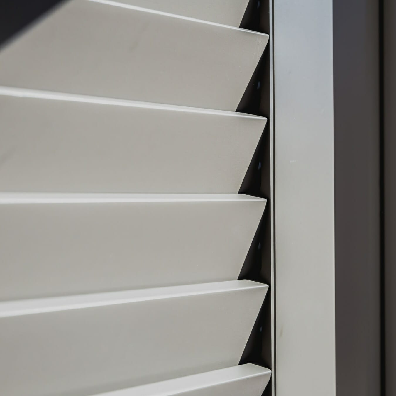 Piet Boon shutters by Zonnelux detail